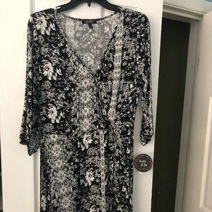 Bebop black and white floral 3/4 sleeve dress
